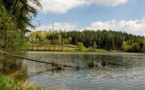Polná, rybník Peklo
